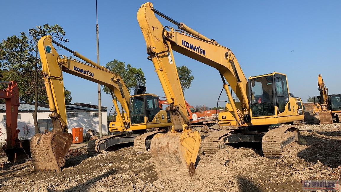 微型17挖机 小松200挖机240挖机