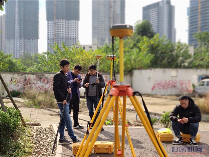肇庆参加测量培训班实战学习水准测量
